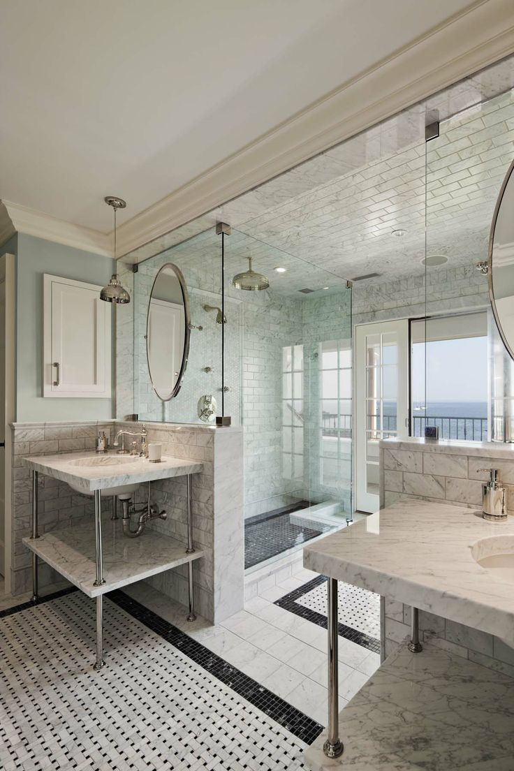 Big showers big style the perfect bath for Perfect master bathroom